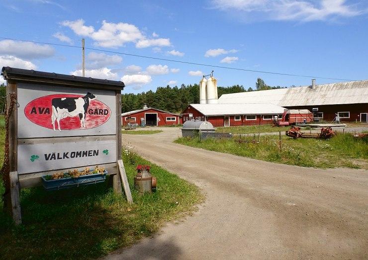 1200px-Åva_gård_2017a